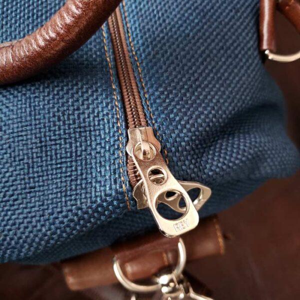 maleta-de-cuero-y-yute-color-azul-llave