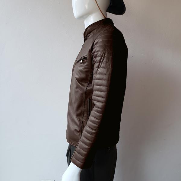 casaca-de-hombre-color-marron-lado